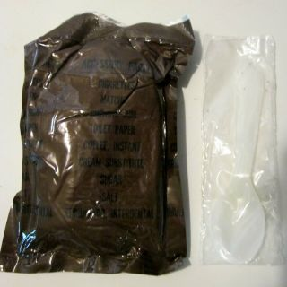 1971 C Ration Accessory Packet W/cigs,  Toothpick & Spoon (1)