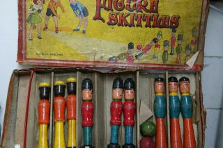 Wonderful Early Set Of Wooden Figural Skittles - Extremely Rare - L@@k