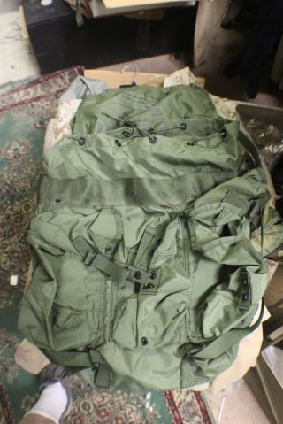 Alice Back Pack Replacment Medium Ruck Rare To Find Nu Ones Read Listn