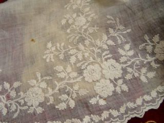 A Wonderful Length 18th Century Hand Embroidered Crewel Work On Muslin