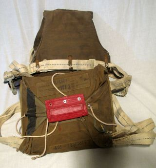 Wwii An - 42n20043 Seatpack Parachute Pack And Harness