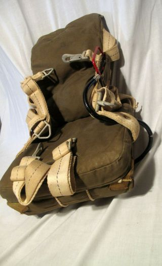 Wwii An 6510 - 1 Seatpack Parachute With Harness,  No Silk