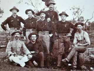 Saw Cabinet Photo: Group Of Soldiers Most Likely In Cuba