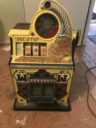 Mills 25 Cent Antique Slot Machine Rol - A - Top Vintage Slot Machine
