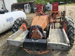 Allis Chalmers Model G Antique Tractor 5