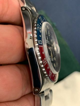 Vintage Rolex GMT MASTER 1675 Pepsi MKIV Dial,  beautifully faded insert 2