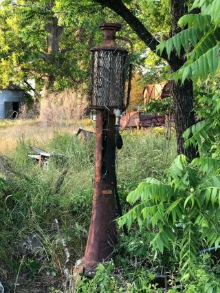 Antique 1915 5 Gal.  Model 17 Fry Mae West Visible Gas Pump