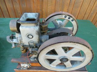 VERY RARE Antique Cast Iron Miniature Stationary Engine Hit and Miss 2