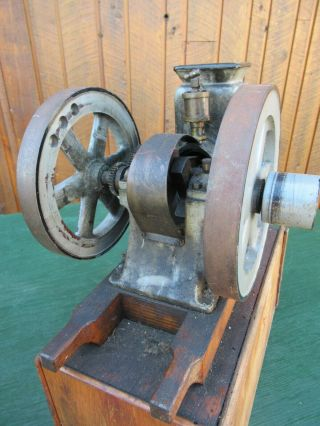 VERY RARE Antique Cast Iron Miniature Stationary Engine Hit and Miss 7
