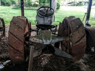 Antique Fordson Tractor Agriculture 2