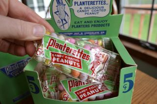 RARE Antique Planters Peanuts FULL Display Box 24 bags Candy Coated Peanuts 3