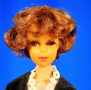 RARE Auburn Francie Doll w/Japanese Exclusive Clone MINTY Vintage 1960 ' s 2