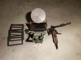 Chandler and Price 8x12 antique letterpress printing press. 4