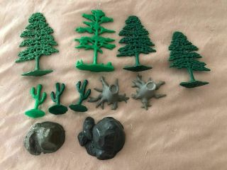 Marx Playset Trees,  Stumps,  Cactus And Boulders
