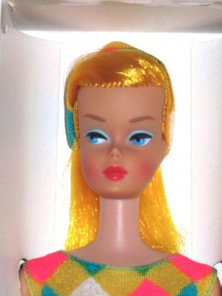 Mattel - Color Magic Barbie Orig Swimsuit - Yellow - Gold Hair - Vintage 1966 Nrfb
