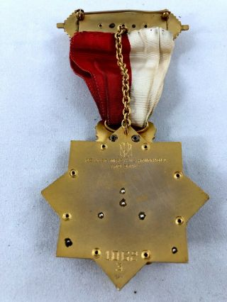 Rare Odd Fellows Antique Chivalry Medal with case.  59.  5g stamped 14k 10