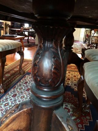 Antique dining room with 2 extender leaves,  set 8 chairs and table protector top 10