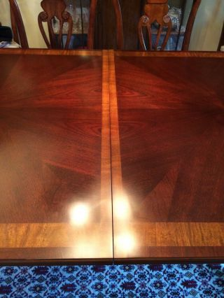 Antique dining room with 2 extender leaves,  set 8 chairs and table protector top 5