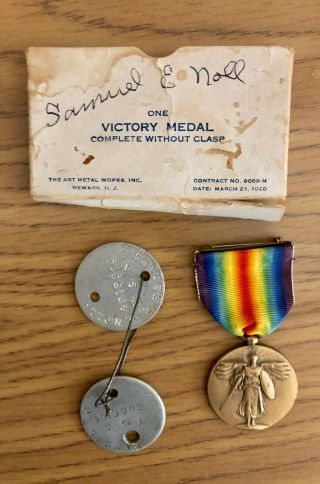 World War I Victory Medal And Dog Tags