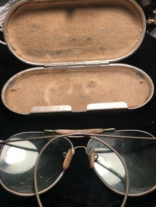 World War Ii Aviatora Sun Glasses And Case