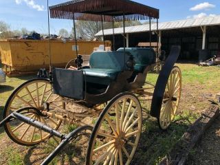 Horse Drawn Carriage Wagon Buggy Antique Surrey Fringe Top