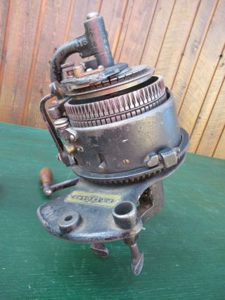 ANTIQUE LEGARE 400 AUTO CSM KNITTER MACHINE Cylinder 72,  Ribber 36 9