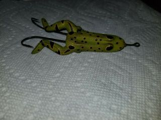 1909 Shakespeare Rhodes Mechanical Frog Fishing Lure