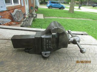 Vintage Rock Island Machinist Bench Vise 193