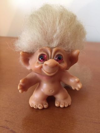 """Vintage Troll Doll With Tail 1965 3 """" White Hair Pink Eyes Dam Things Rare"""