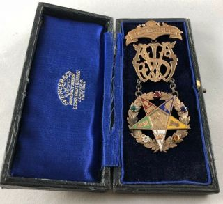 1893 Antique Masonic Order Of The Eastern Star 14k Jewel Medal With Case.  22.  6g.