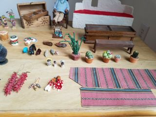 LOOK ONE OF A KIND Vtg Pueblo Native American handmade Hut,  House,  Mini Pottery 9