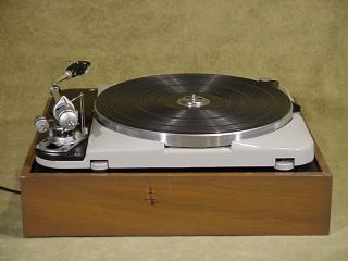 THORENS TD - 124 MK II Vintage Turntable with SME 3009 tonearm & Shure Cartridge 3