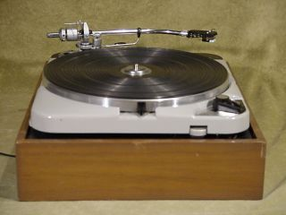 THORENS TD - 124 MK II Vintage Turntable with SME 3009 tonearm & Shure Cartridge 4