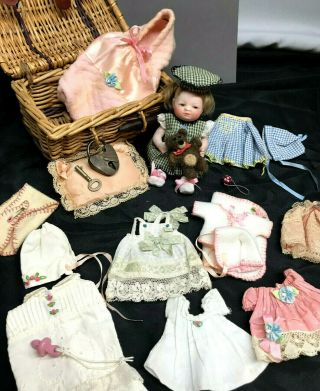 """5 """" Wigged Barefoot Bye - Lo Baby,  Trousseau - Layette All - Bisque German Antique Doll"""