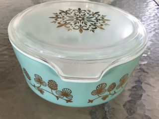 Rare Promo PYREX Clover Berry 475 Casserole Dish W/Lid Exquisite Cond. 4