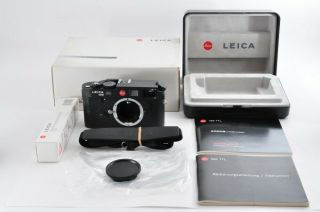 Rare Leica M6 Ttl 0.  72 Black 35mm Film Rangefinder W/ Box From Japan F/s 2735