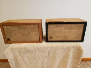 Acoustic Research Ar - 3t Vintage Speakers Serial Numbers T0491 And T0493