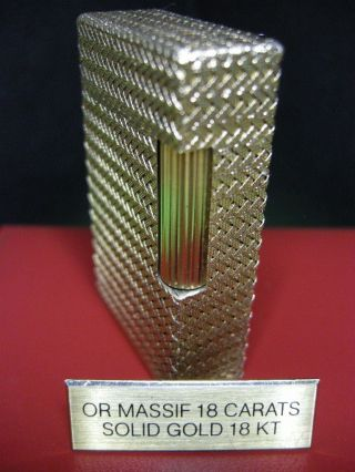 Very Rare Revised S.  T.  Dupont 18k 750 Solid Gold Lighter L1 And Papers