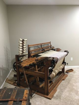 ANTIQUE Newcomb Loom Company - Weaving Rug Loom 2