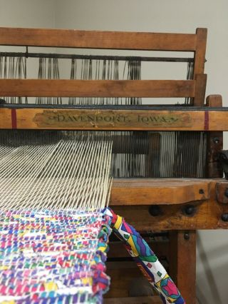 ANTIQUE Newcomb Loom Company - Weaving Rug Loom 5