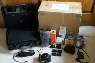Hasselblad HV 24.  3 MP Full Frame Zeiss 24 - 70 Sony A99 Kit Bundle w/ RARE 2