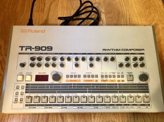 Roland TR - 909 Rhythm Composer Analog Drum Machine TR909 TR 909 Vintage 9