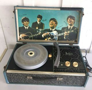 Rare 1964 Nems The Beatles Record Player Phonograph Model 1000
