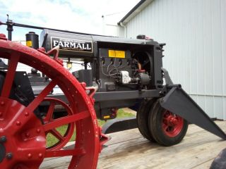 1930 Farmall Tractor Gorgeous Vintage Includes Front loader 8