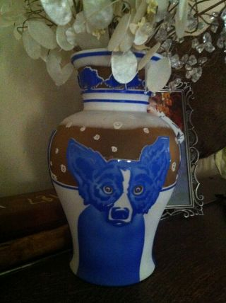 RARE George Rodrigue Pilgrim Blue Dog Vase - Winter Fest Cameo Glass 35 4