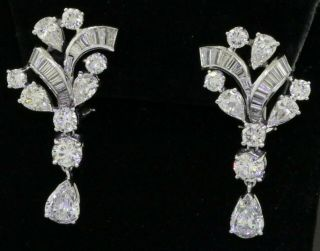 Vintage 1950s Platinum Elegant 9.  0ct Vs Diamond Cluster Dangle Earrings