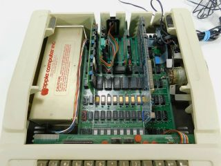 Apple II Vintage Computer Ventless Early Rev 0 Motherboard Case SN A2S1 - 0203 7