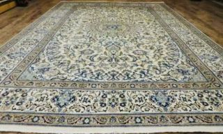8x11' Antique Hand Knotted Wool And Silk Nain Habibiyan Style Rug