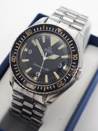 Vintage Omega Seamaster 300 Big Triangle Automatic 165.  024 Watch Cal.  552
