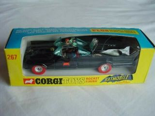Corgi Toys Batmobile (rare Red Tyres) Batman